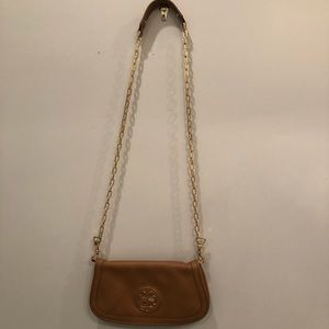 Good condition authentic Tory Burch cross body